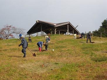 東八甲田家族旅行村ふれあいの森プロジェクトを開催しました。